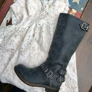 NWOT Nine West Motol1 Black/Gray Faux Leather Boot